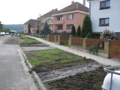 Rekonstrukce chodníku Lány