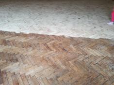 Opravy podlah v kulturním domě