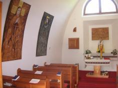 Interiér kaple naPitínských Pasekách